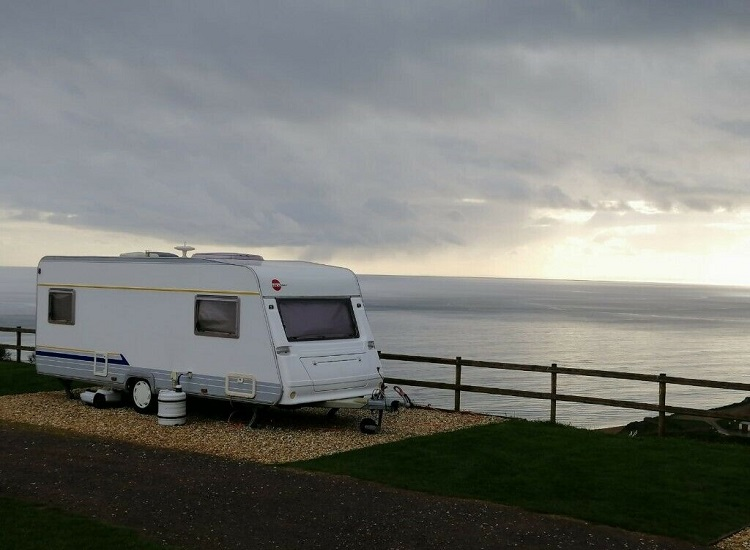 5 Reasons to Buy Locally Made Caravans for Sale